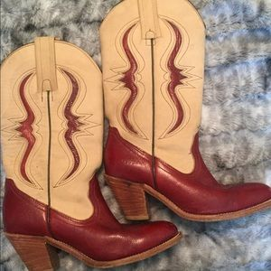 *VINTAGE* Frye Cowboy Boots
